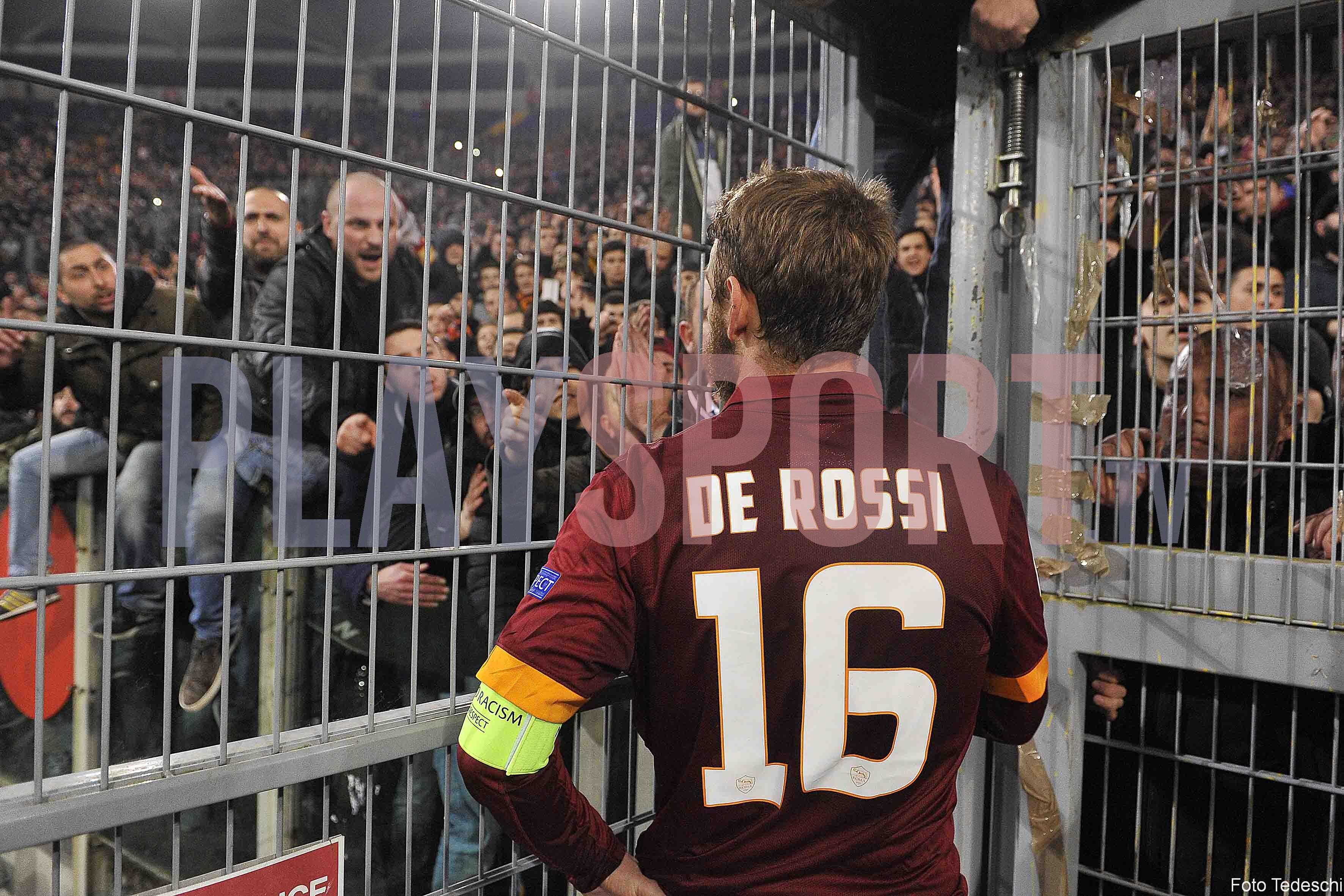 Eliminazione incubo della Roma, tifosi in rivolta (FOTO)