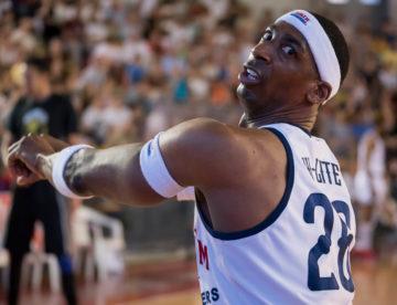 Basket, gli Harlem Globetrotters sbancano il Pala Tiziano (FOTO)