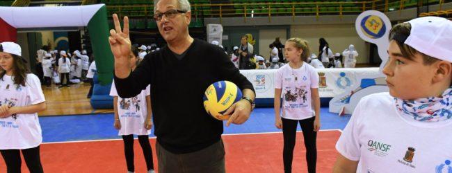 """Volley, Julio Velasco con tremila bambini per """"Gioca Volley S3…In Sicurezza"""""""
