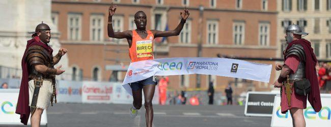 Maratona di Roma: trionfano Tusa e Birech (FOTOGALLERY)